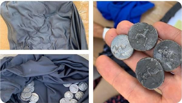 احباط محاولة تهريب قطع نقدية تاريخية من قطاع غزة الى الضفة الغربية