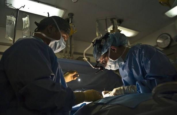 مستشفى الجليل الغربي يشهد اكتظاظًا يزيد عن 200% في عدد المرضى، وسيدة تنتظر 27 ساعة في طوارئ