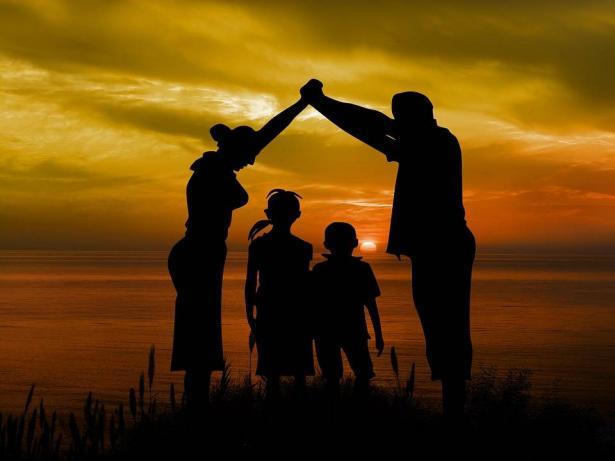 ما الذي يجعل العائلة قوية وناجحة؟ رشا قدورة تتحدث للشمس