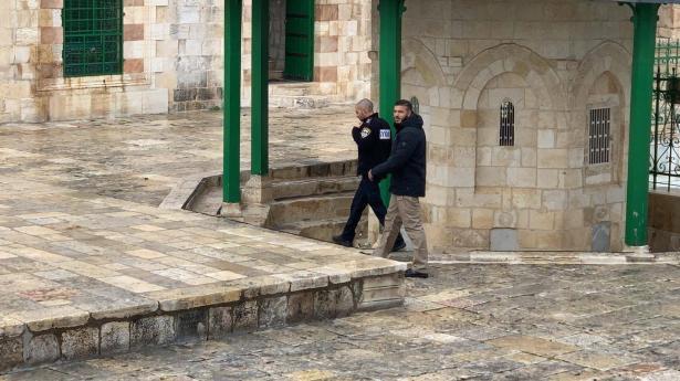 شاهد: اعتقال حارس المسجد الأقصى فادي عليّان صباح اليوم