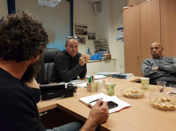 سعدو زينب يتحدث للشمس عن نتائج اجتماع منظمة الصيادين بمدير قسم صيد الأسماك