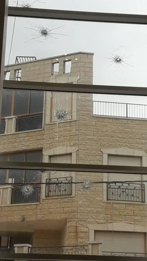 رئيس بلدية سخنين للشمس: اطلاق النار على منزلي بوجود زوجتي وابنائي لوحدهم جريمة مستهجنة