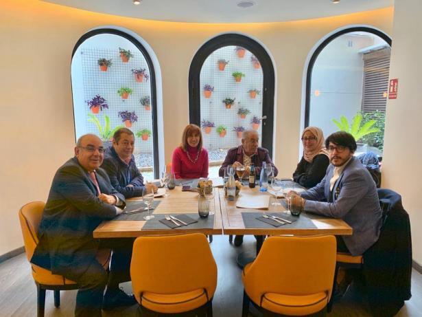 اجتماع عدد من رجال الاعمال الفلسطينيين في برشلونة لبحث سبل تنمية الاقتصاد الفلسطيني
