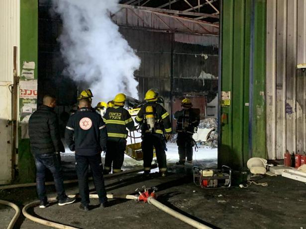 للمرة الثالثة: حريق هائل في كراج في جلجولية