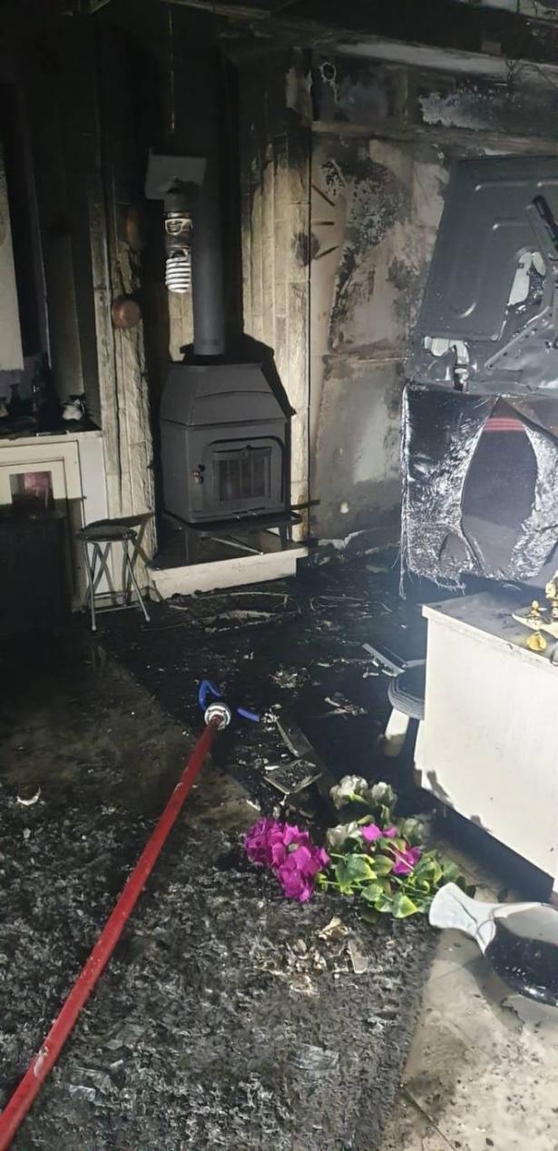 جولس: حريق في منزل واصابة سيدة جراء استنشاق الدخان