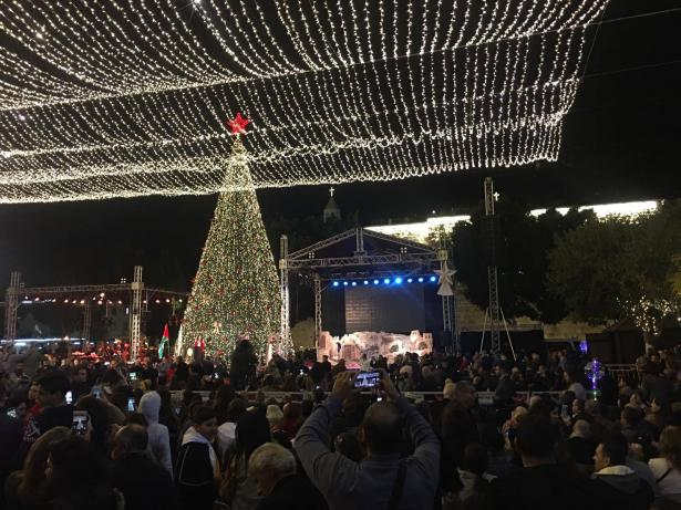 اضاءة شجرة الميلاد في بيت لحم امس