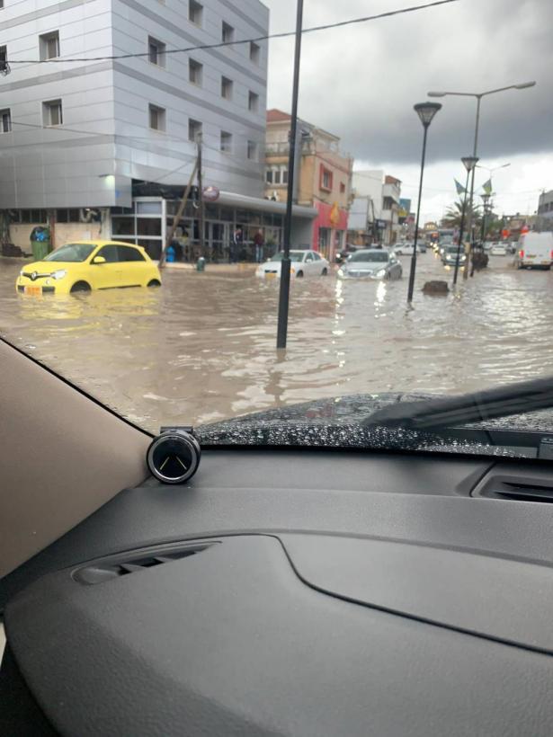 جميل ابو حسين من باقة للشمس: بلديات تحترم نفسها تجري الصيانة اللازمة للشوارع قبل الشتاء