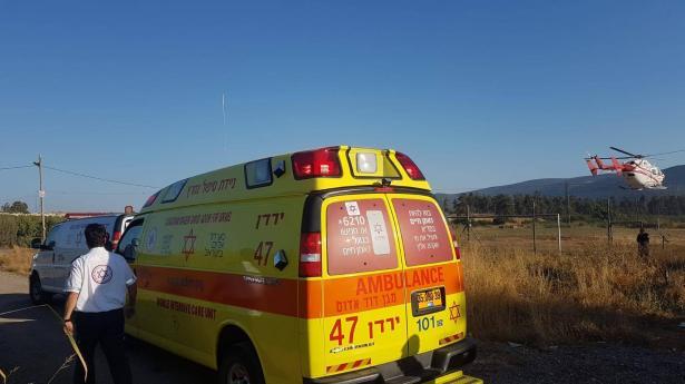 اطلاق نار في الناصرة تجاه رجل خلال مكوثه في السيارة ونقله للمستشفى