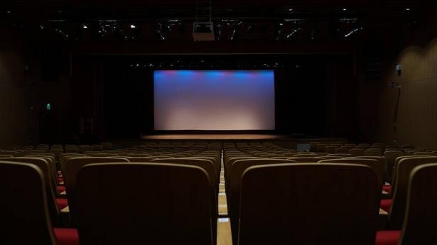 مسرح السرايا في يافا مع فعاليات شهر يناير