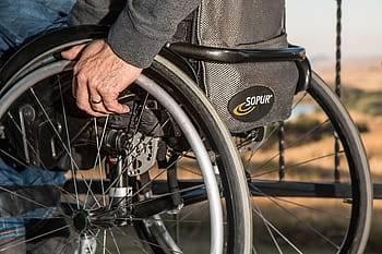 رقم قياسي في عدد الوظائف والمساعدات المقدّمة للعمال والعاملات مع اعاقات ومشغليهم