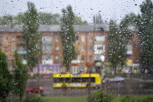 الراصد الجوي: أمطار غزيرة ومنخفض عميق حتى مساء الجمعة