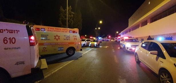 شبهات لعملية دهس في القدس وإصابة 14 شخصًا