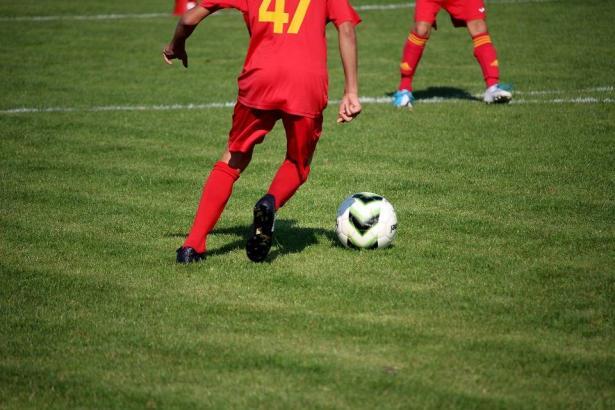 مقترح بإلزام الخدمة المدنية على لاعبي المنتخب الإسرائيلي من المجتمع العربي