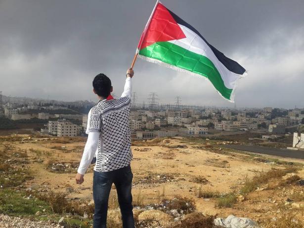 بروفيسور اسعد غانم للشمس: ترمب أوضح أنه لا يمكن إقامة دولة فلسطينية وهذا المشروع انتهى