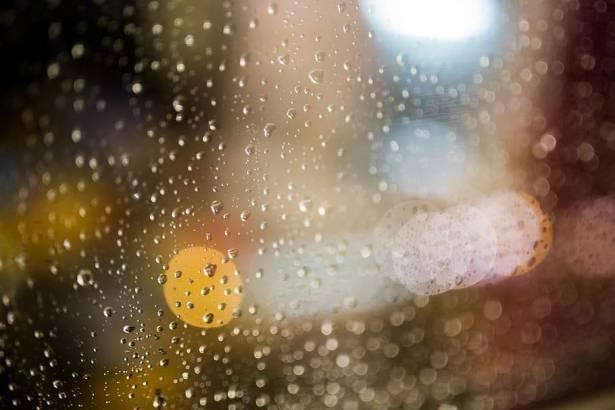 الطقس: منخفض جديد وأمطار غزيرة اليوم