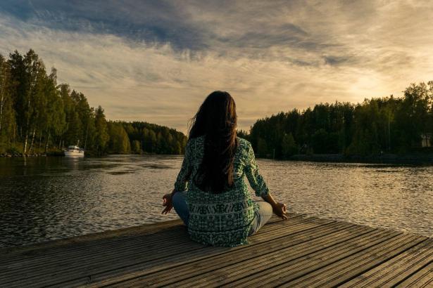 توازن; أول تطبيق عربي في التأمل واليقظة الذهنية
