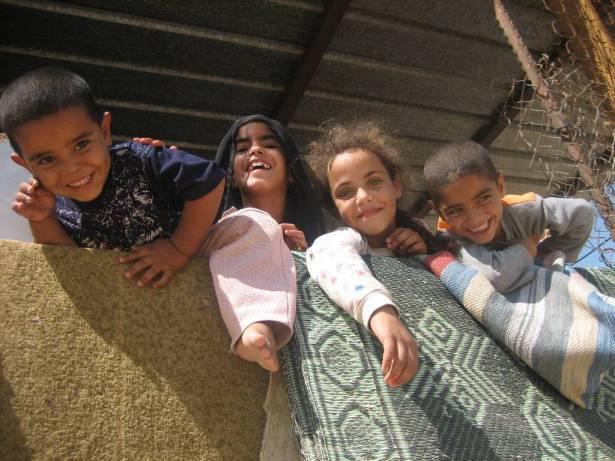 التماس عاجل يطالب بتجديد السفريات لـ 2200 طفل من النقب واللذين يتغيبون عن الروضات منذ شهر