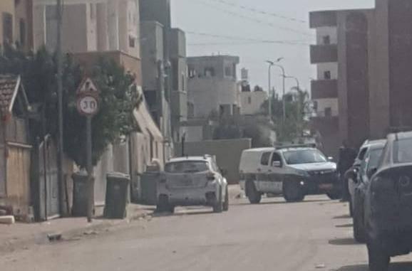 قلنسوة: الشرطة تعالج وجود عبوة ناسفة تحت سيارة مواطن