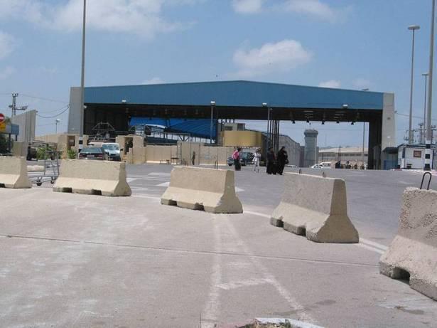 إغلاق المعابر لمكافحة الكورونا وتداعياتها على الفلسطينيين