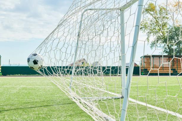بعد تعليق التعليم بسبب الكورونا: قرار بتأجيل جميع المباريات في كافة الدرجات