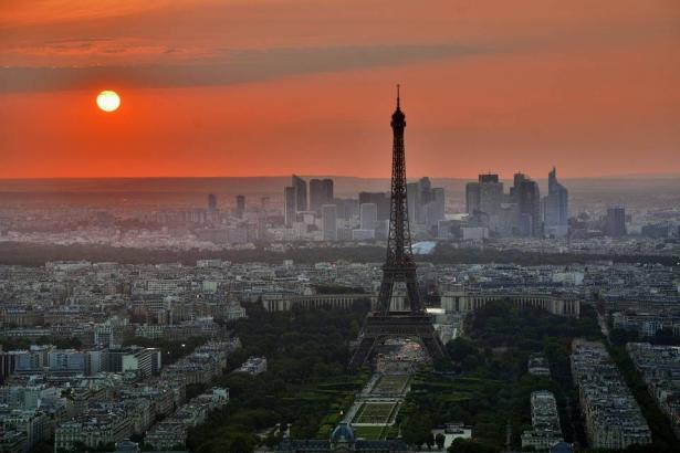 استنفار في فرنسا بعد ارتفاع ضحايا ومصابي الكورونا