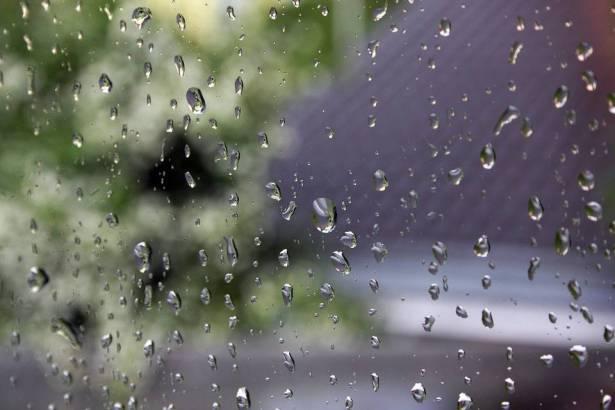 الطقس: انخفاض الحرارة وتوقعات بهطول أمطار