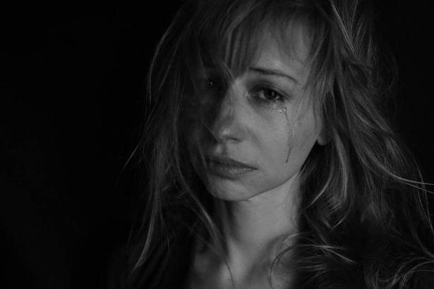 النساء المعنفات..بين الكورونا والعنف الأسري