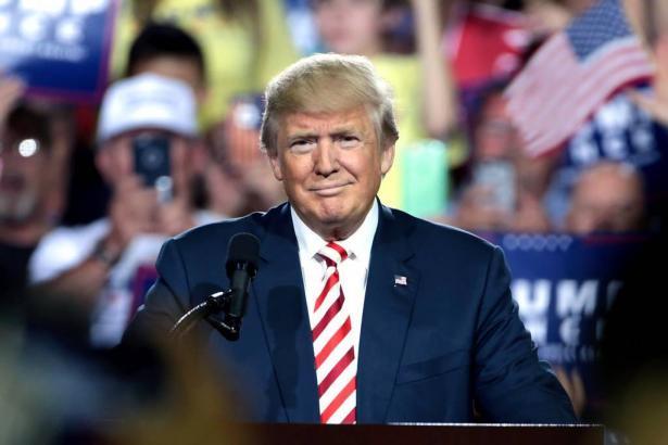 ترامب يقرر إلغاء فريق العمل الخاص بكورونا في الولايات المتحدة