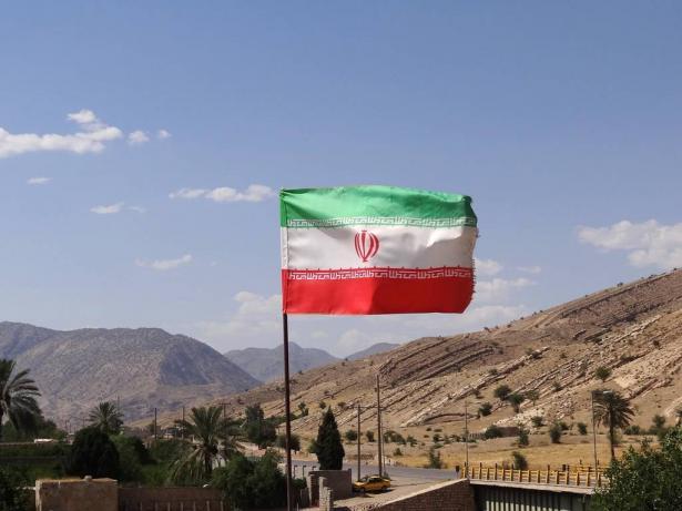 ايران تعلن تجاوز مرحلة الخطر