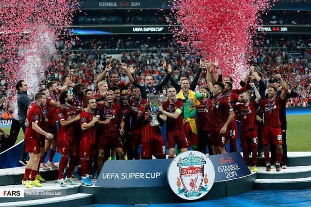 ليفربول يدرس تخفيض أجور لاعبيه في ظلّ أزمة كورونا