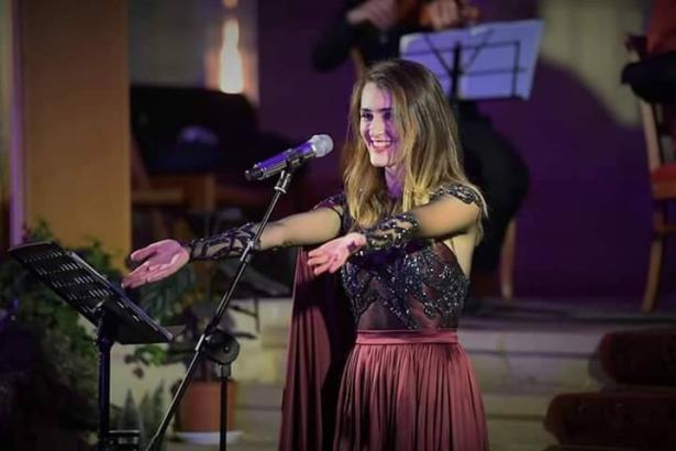 نزرع الأمل في ظل الأزمات: أغنية جديدة لماريا جبران بعنوان