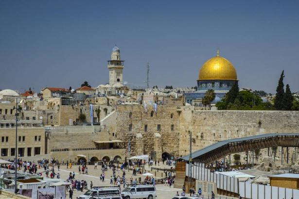 الحكومة ستصادق على تشديد القيود على 8 مدن و15 حيا في القدس