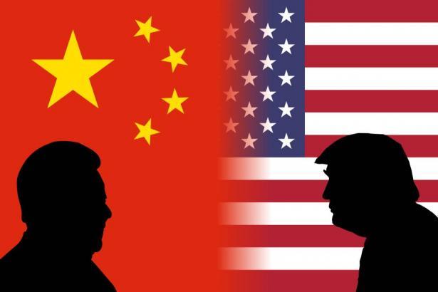 الرئيس الأمريكي دونالد ترامب : كان بمقدور الصين ان توقف انتشار الفيروس ونطالبها بغرامات مالية