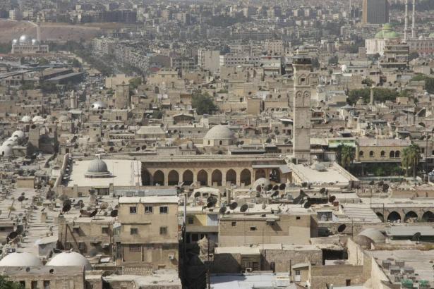 الدفاعات الجوية تصدت الليلة الماضية لهجوم اسرائيلي بالقرب من مدينة حلب