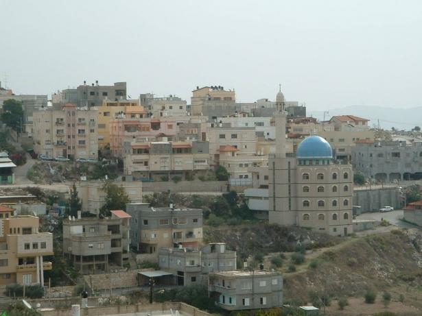 يافة الناصرة: مريض كورونا يشارك في