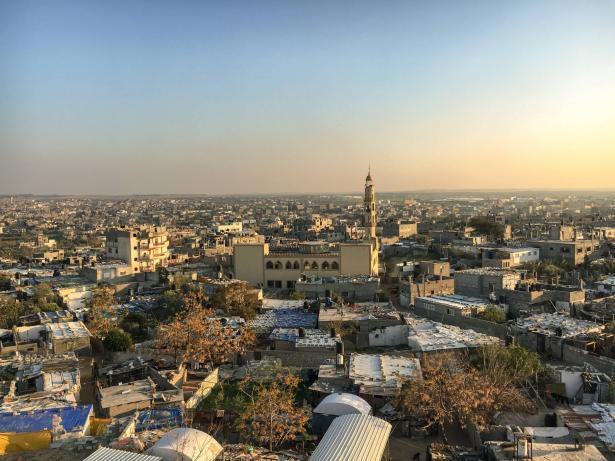 طائرات ورقية على أسطح المنازل في غزة إحياء لذكرى النكسة