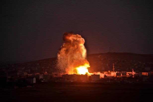 مقتل 9 أشخاص في غارة اسرائيلية على مصياف السورية