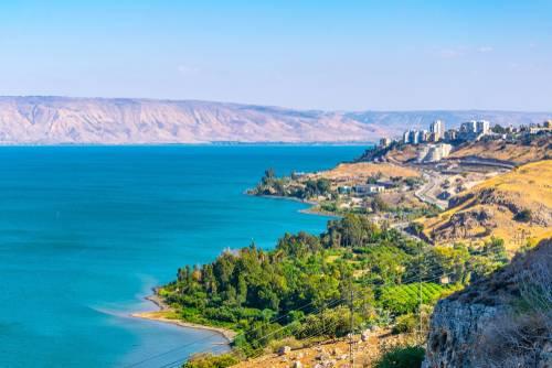 اغلاق عدد من الشواطئ في محيط بحيرة طبريا وذلك بسبب الازدحام الشديد