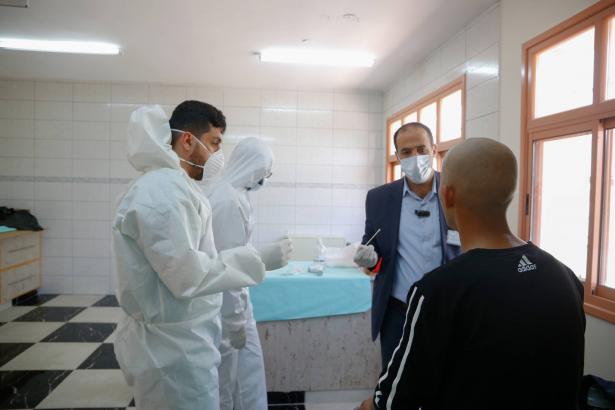 الصحة الفلسطينية: تسجيل 255 إصابة جديدة بفيروس كورونا ليرتفع عدد المصابين الاجمالي في الأراضي الفلسطينية الى 2698