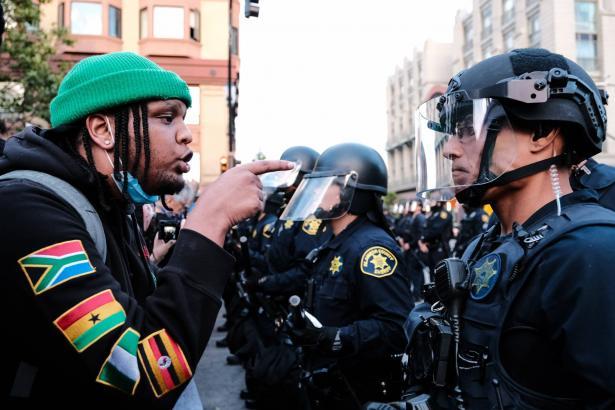 لليوم السادس على التوالي: تظاهرات في مدن أمريكية غضبا واحتجاجا لوفاة جورج فلويد