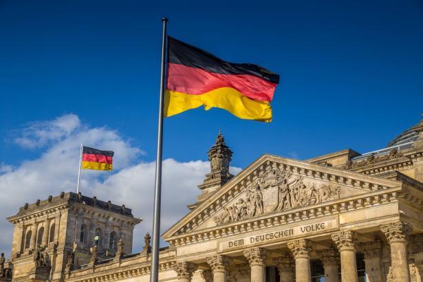 المانيا تحذر من حدوث موجة ثانية من الإصابات بكورونا في الخريف المقبل