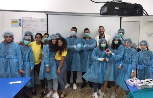 تفاعل الطلاب في المجتمع العربي مع المجالات العلمية