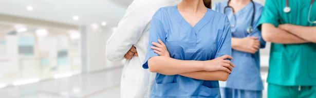 تعليق اضراب الممرضات: زيادة فورية تصل إلى 1600 ممرض في المستشفيات و400 في صناديق المرضى