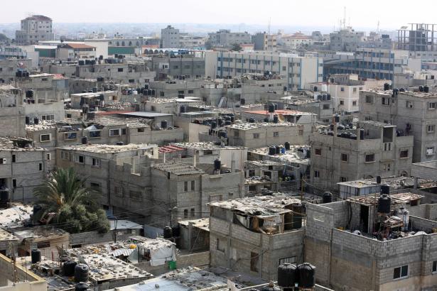 حماس تطالب المؤسسات الحقوقية والإنسانية والمجتمع الدولي بالعمل الفوري على إنهاء حصار اسرائيل على غزة