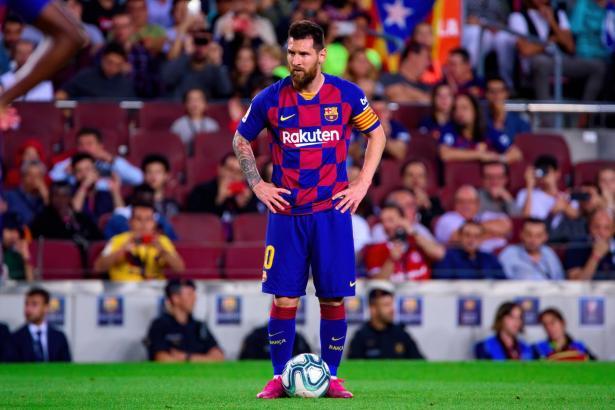 آخر التطورات في برشلونة بعد قرار ميسي في ترك الفريق