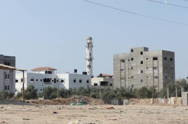 السفير القطري في قطاع غزة: عقد مباحثات مع المسؤولية الاسرائيلية لاحتواء التصعيد على الحدود
