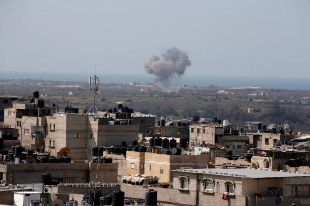 الطائرات الاسرائيلية تقصف موقعا في شمال قطاع غزة