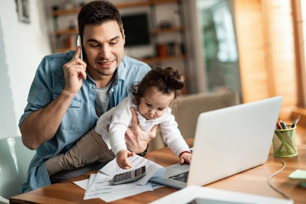 موازنة مسؤوليات العمل والالتزامات العائلية والحياة عامة