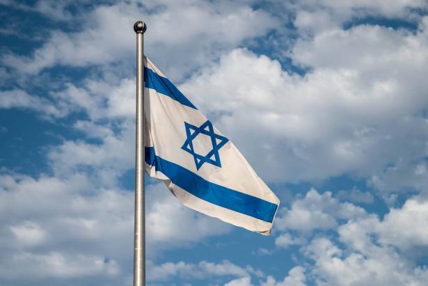 الحاخام مارك شنير: أتوقع ان تقوم دولة خليجية أخرى بتطبيع العلاقات مع إسرائيل