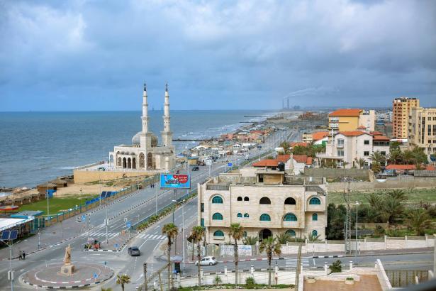 وزارة الصحة في غزة: حظر تجول تام على جميع المرافق يشمل التعليم والمساجد وصالات الافراح